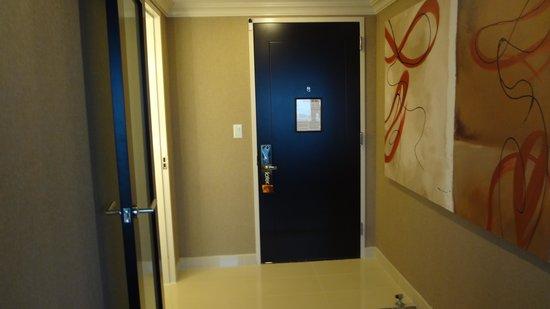 Golden Nugget: Front Doorway