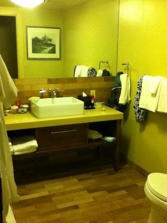 Hotel Abrego: Spacious