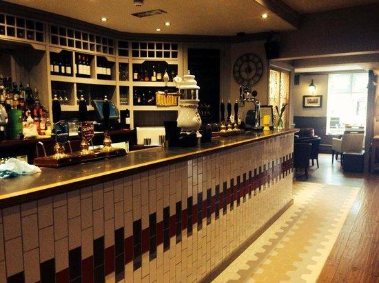 The Coach House Inn: The Bar