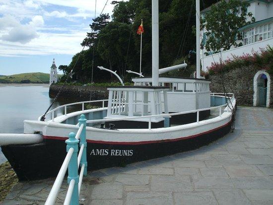 Portmeirion Village: Concrete Boat
