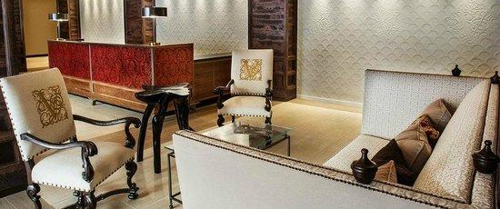 Hotel Valencia - Santana Row: Lobby seating
