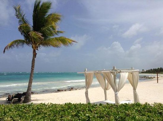 Dreams Tulum Resort & Spa: View from Seaside Grill - a la carte lunch