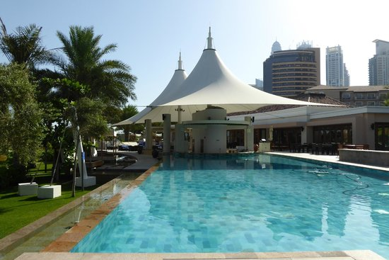 The Ritz-Carlton, Dubai : Pool nur für Erwachsene
