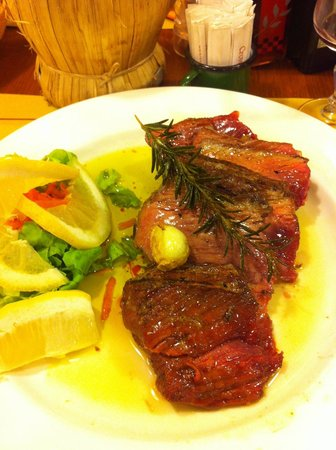 Osteria I Brincello: beef with rosemary