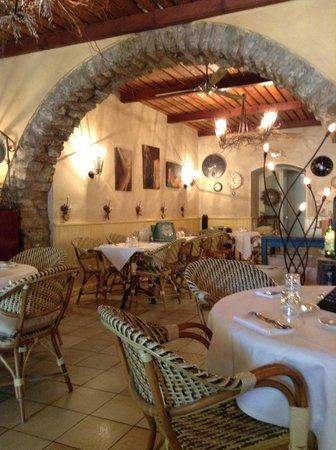 Bistrot de la Place : the interior