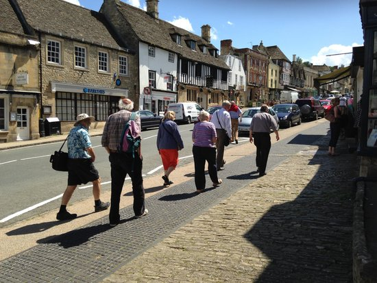 The Burford Tour: Walk the ancient streets