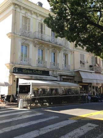 Gran Caffe : the exterior of the cafe