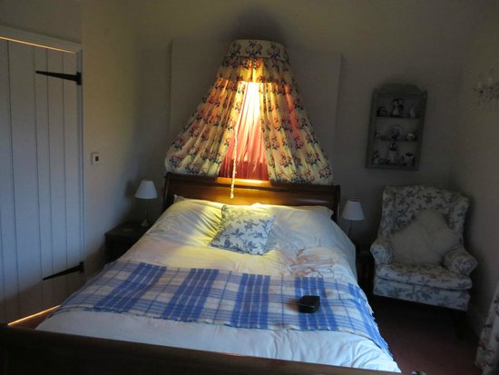 Wootton Park: Lovely comfy bed