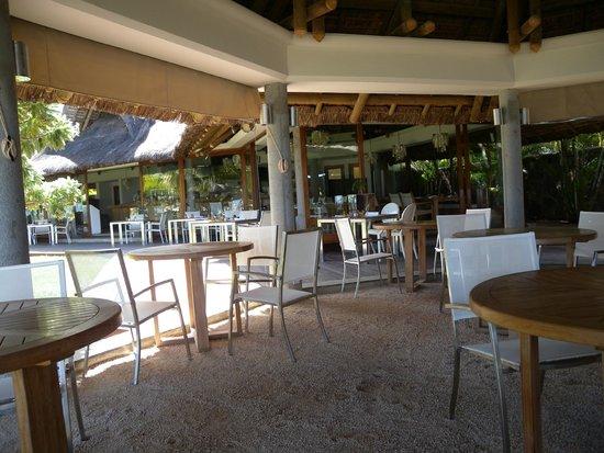 Tamassa: beach restaurant