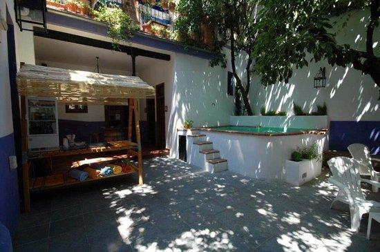 Casa de los Azulejos: Bar en nueva piscina