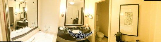 InterContinental Buckhead Atlanta: bath