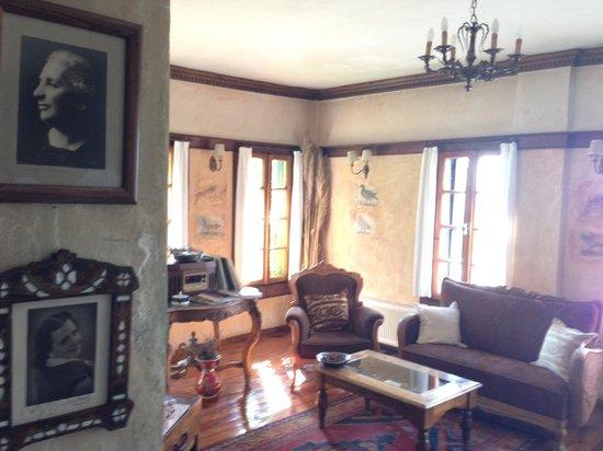 Nisanyan Evleri Hotel: İkinci kat salon