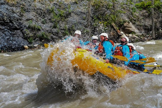 Glacier Raft Company - Day Tours: Hitting a Rapid