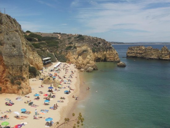 Carvi Beach Hotel Algarve: the local beach