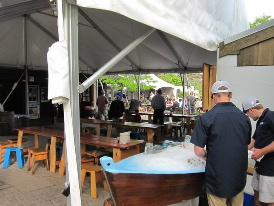 Nantucket Bike Tours: brewery