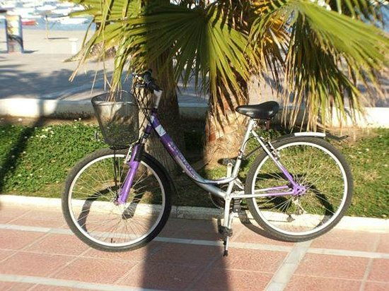 Bay Bikes: city bike