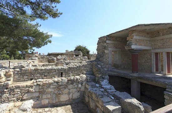 Le Palais de Cnossos : Part of the palace and outer walls
