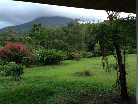 Volcano Lodge & Springs: view from patio