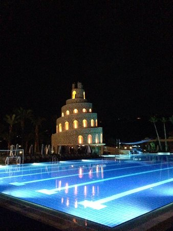 Family Life Bodrum Imperial: Pool by nighy
