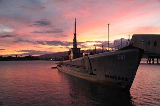 USS Bowfin Submarine Museum & Park: USS Bowfin at Sunset
