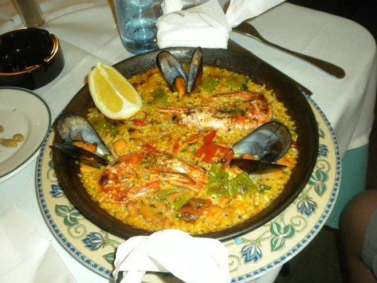Restaurante Grill Manolo's: paella di Manolo