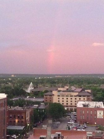 Hyatt Place Omaha Downtown Old Market: kind of a rainbow.  looking East from 10th floor.
