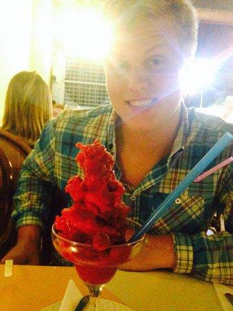 Raphael's Restaurant: Strawberry margerita