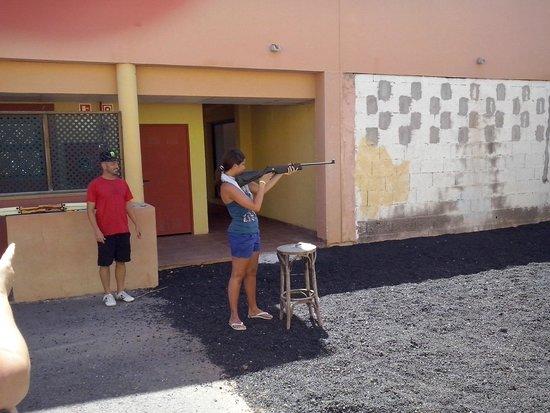 Labranda Aloe Club Resort: tiro con la carabina