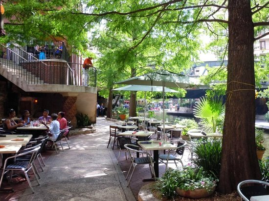 County Line Bbq On The San Antonio Riverwalk Picture Of