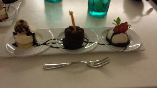 Hotel Ristorante Il Cefalo: Tris di dolci fatti dalla signora Antonella chef del Cefalo.