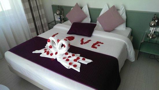 Hotel Lago di Garda: A very personal touch, (wedding anniversary).