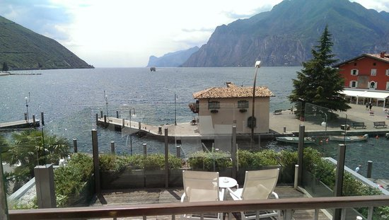 Hotel Lago di Garda : View from room