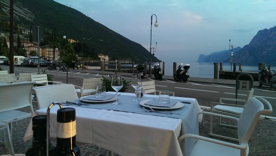 Hotel Lago di Garda : View from restaurant