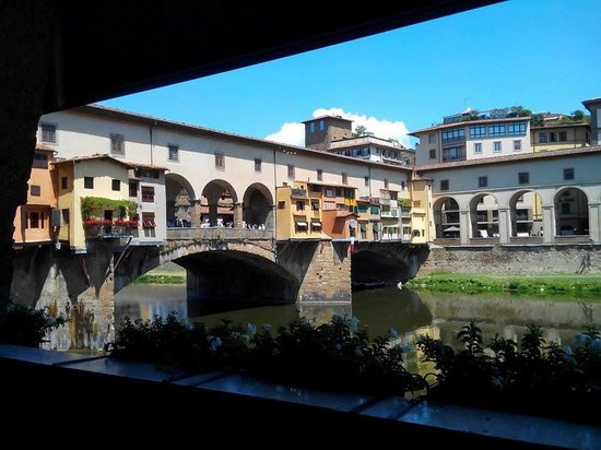 Golden View Open Bar: Ponte Vecchio...