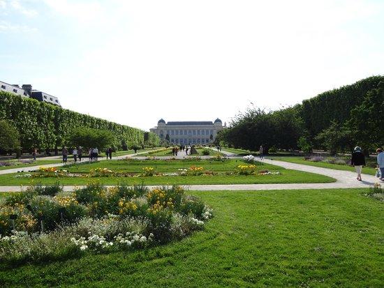 Ibis Paris Gare de l'Est 10eme : Jardin Des Plantes