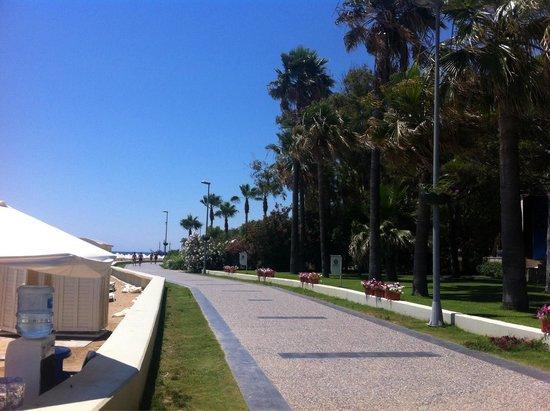 Barut Hemera : The beach walk