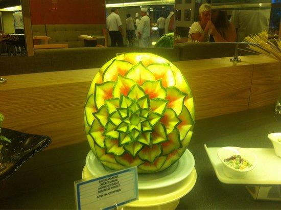 Barut Hemera : A watermelon