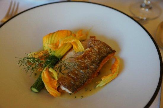 Restaurant Les Trois Couronnes: Main course - Fish