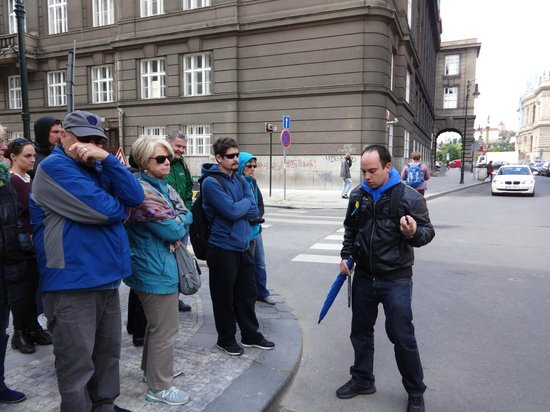 Prague Extravaganza Free Tour : On the tour with our guide