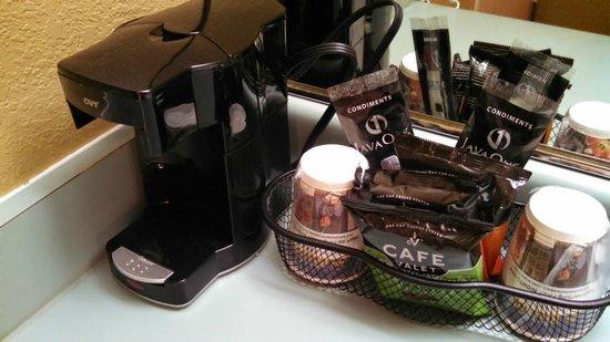 Best Western Alderwood: Coffee service