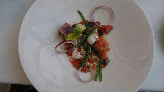 Elly's : Die Essenz Des Salat Nizza.