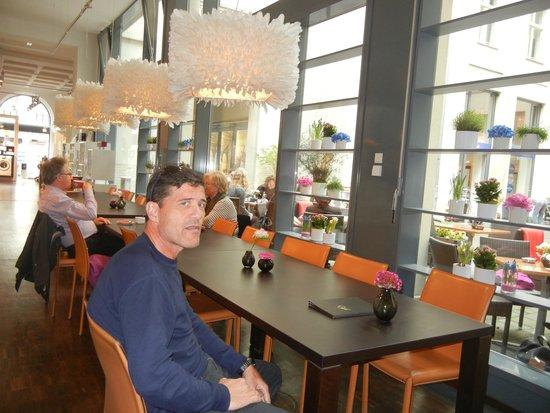 miele berlin omd men om restauranger tripadvisor. Black Bedroom Furniture Sets. Home Design Ideas