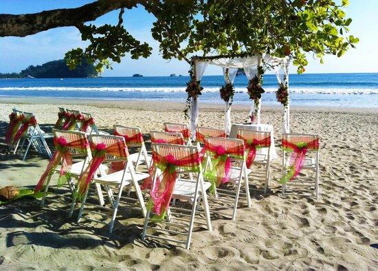 Karahe Beach Hotel: Bodas