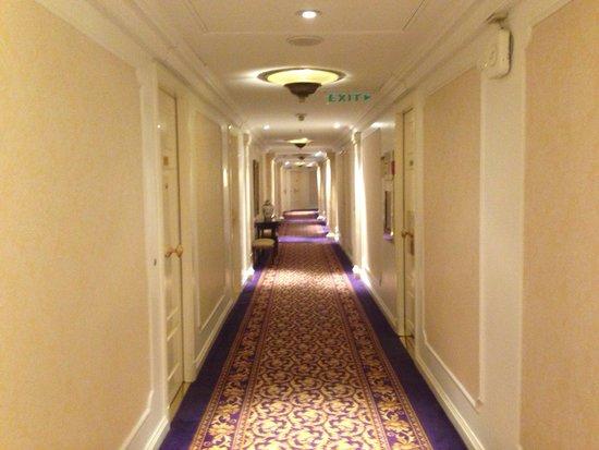 Alvear Palace Hotel: Коридор