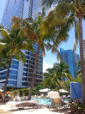 Four Seasons Hotel Miami: Pool