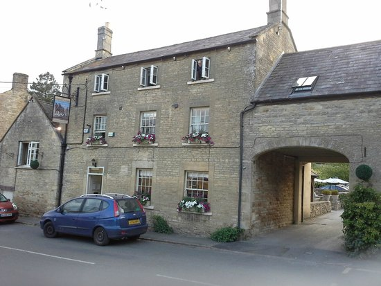 The Kingham Plough Restaurant: Kingham Plough