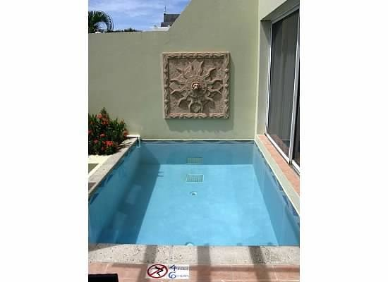Sandals Regency La Toc Golf Resort and Spa: Private Pool