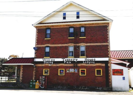Wilcox Tannery House   Restaurant, Lounge, and Lodging