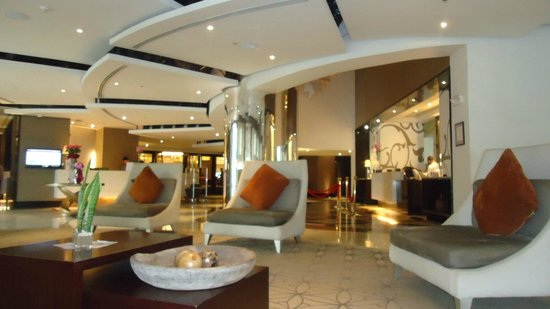 Quest Hotel and Conference Center - Cebu: lobby