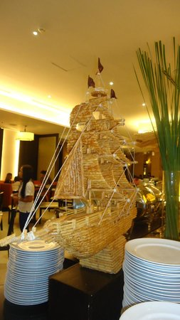 Quest Hotel and Conference Center - Cebu: Puso restaurant